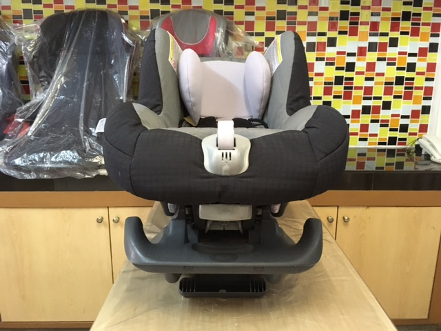 Britax รุ่น First Class Plus